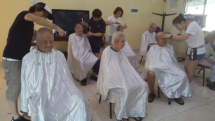 Volunteer-Hairdressing